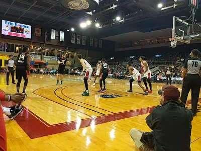 Erie Insurance Arena, secção: COURTW, fila: CRTW, lugar: 25