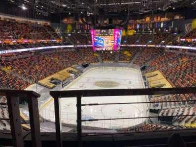 T-Mobile Arena secção 215