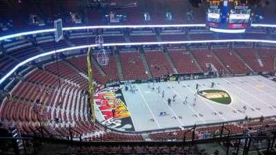 Honda Center, secção: 437, fila: N, lugar: 8