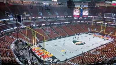 Honda Center, secção: 418, fila: M, lugar: 8