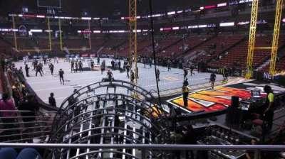 Honda Center, secção: 217, fila: P, lugar: 8