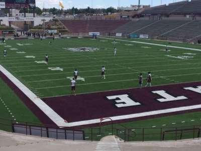 Aggie Memorial Stadium, secção: B, fila: 14