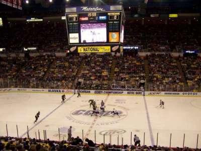 Joe Louis Arena, secção: 207, fila: 3, lugar: 6