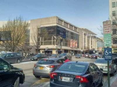 Verizon Center, secção: exterior