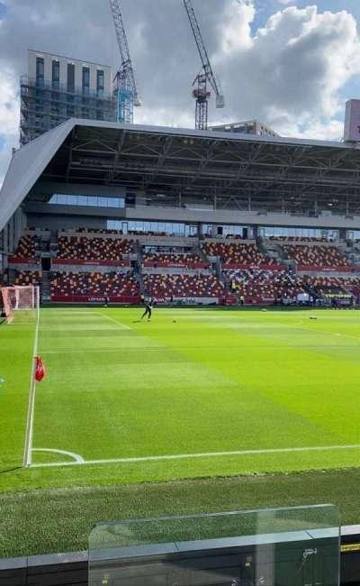 Brentford Community Stadium, secção: N120, fila: 4, lugar: 492