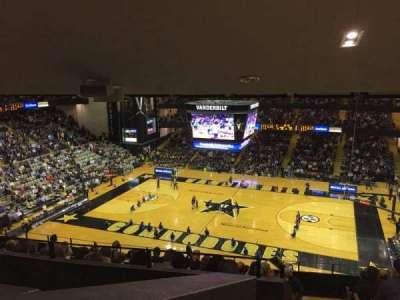 Memorial Gymnasium (Vanderbilt), secção: 3A, fila: 20?, lugar: ?