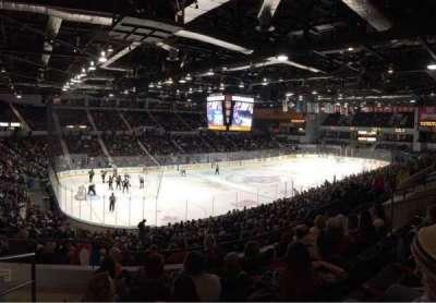 Blue Cross Arena, secção: 220, fila: F, lugar: 12