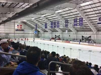 Dwyer Arena, secção: 1, fila: O, lugar: 2
