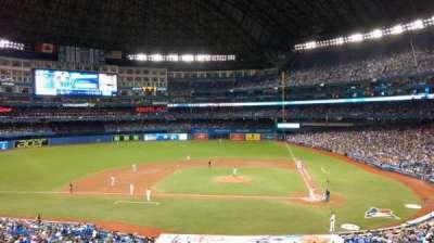 Rogers Centre, secção: 227L, fila: 3, lugar: 106