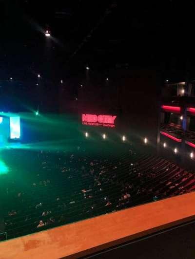 Microsoft Theater, secção: Upper Mezz Center Left, fila: B, lugar: 214
