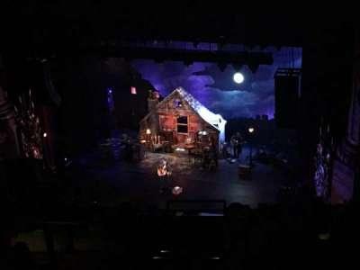 Beacon Theatre, secção: UBALC4, fila: J, lugar: 28