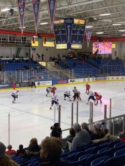 USA Hockey Arena, secção: 104, fila: N, lugar: 10