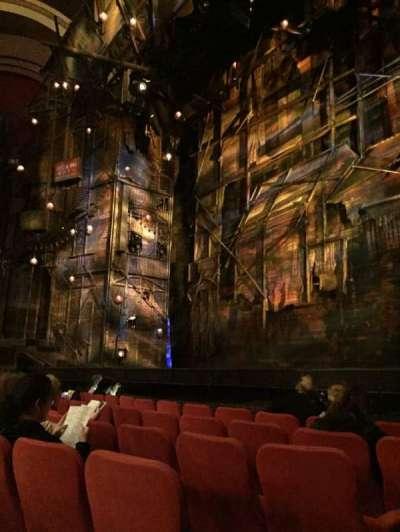 Broadway Theatre - 53rd Street, secção: Orch, fila: F, lugar: 1