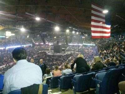 Allstate Arena secção 213