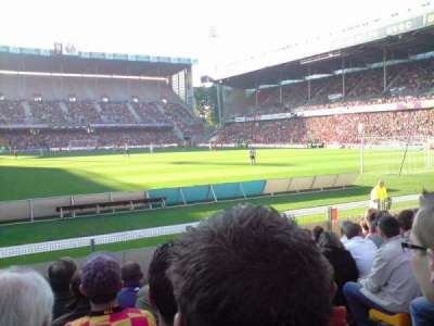 Stade Bollaert-Delelis secção Delacourt niveau 0
