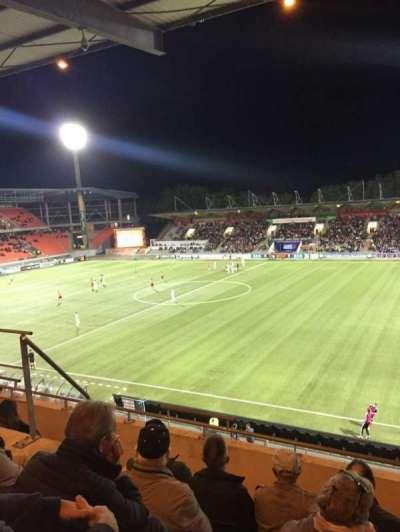 Stade Du Moustoir, secção: Tribune J.Floch 16, fila: ZA, lugar: 180