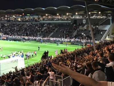 Stade Jean Bouin, secção: Coubertin F, fila: AC, lugar: 145