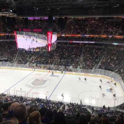 T-Mobile Arena secção 225