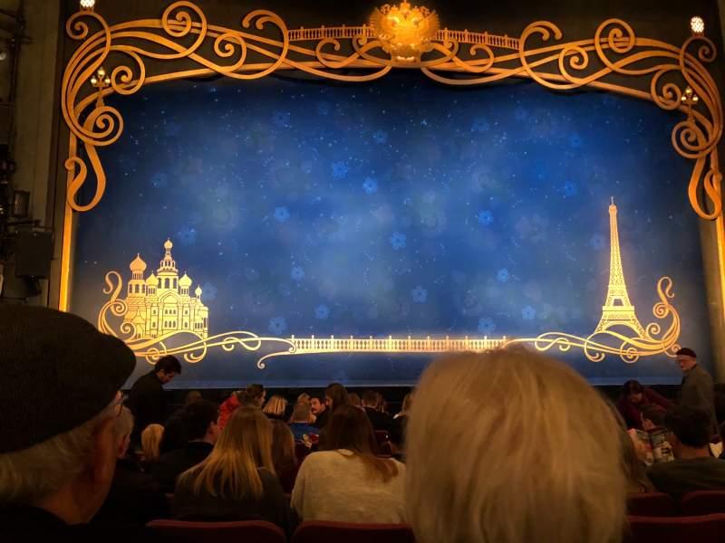 Vista sentada para Broadhurst Theatre Secção Orchestra C Fila L Lugar 104