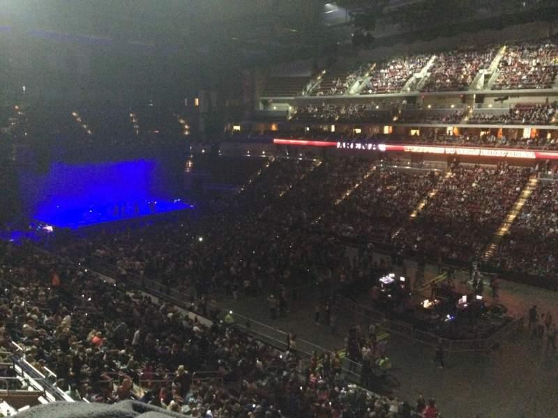 Vista sentada para Wells Fargo Arena Secção 215 Fila A Lugar 17