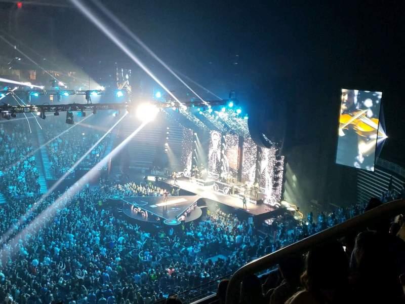 Vista sentada para T-Mobile Arena Secção 222 Fila D Lugar 18