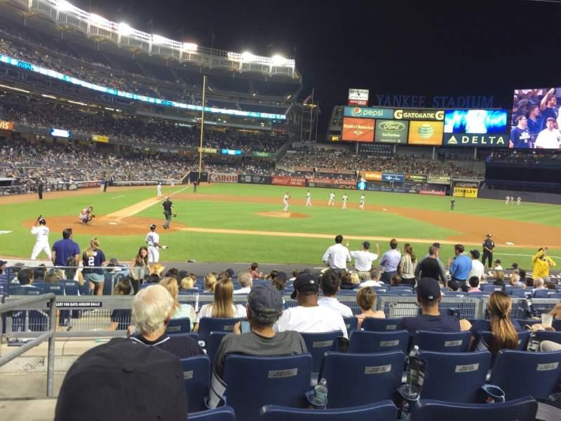 Vista sentada para Yankee Stadium Secção 117A Fila 17 Lugar 16