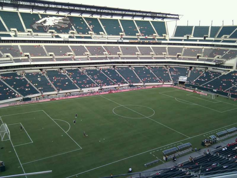 Vista sentada para Lincoln Financial Field Secção 240 Fila 4 Lugar 23