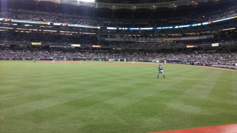 Vista sentada para Yankee Stadium Secção 136 Fila 11 Lugar 14