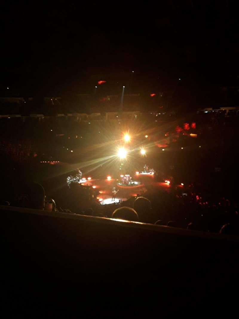 Vista sentada para PNC Arena Secção 102 Fila YY Lugar 7