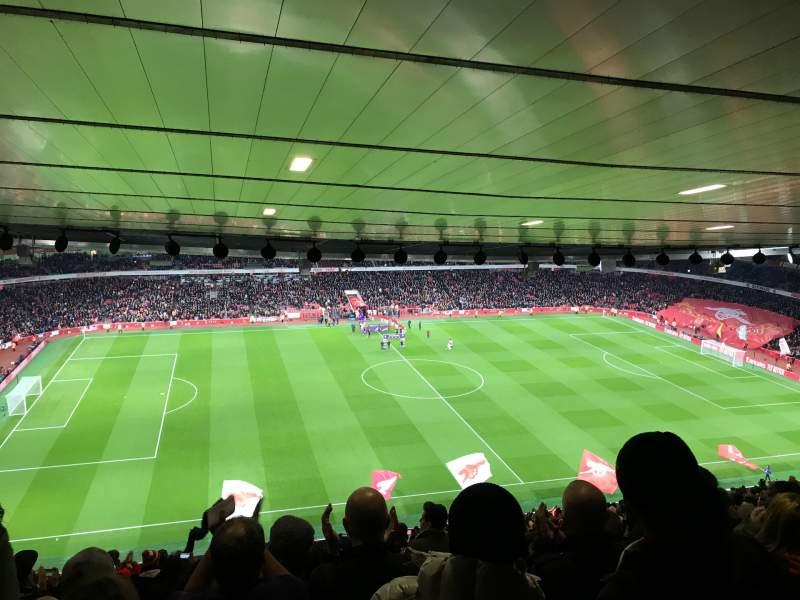 Vista sentada para Emirates Stadium Secção 114 Fila 30 Lugar 662