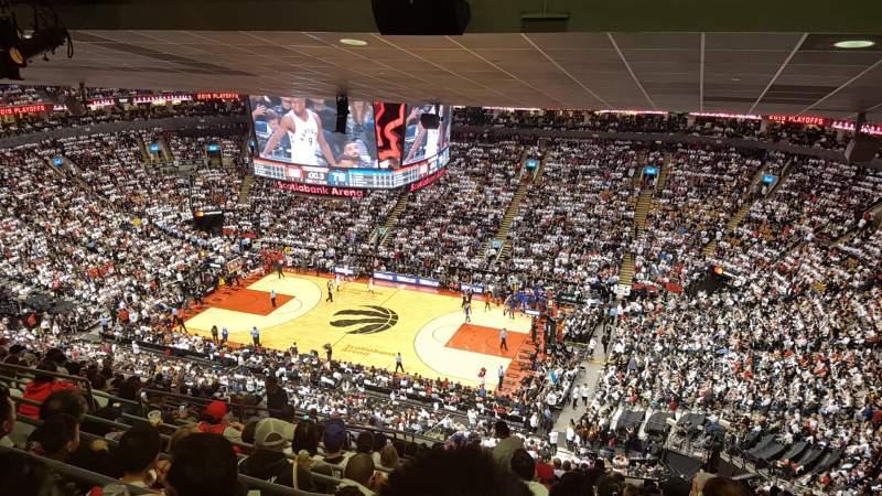 Vista sentada para Scotiabank Arena Secção 307 Fila 17 Lugar 15