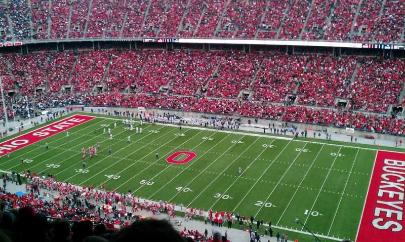 Vista sentada para Ohio Stadium Secção 27D Fila 10 Lugar 22