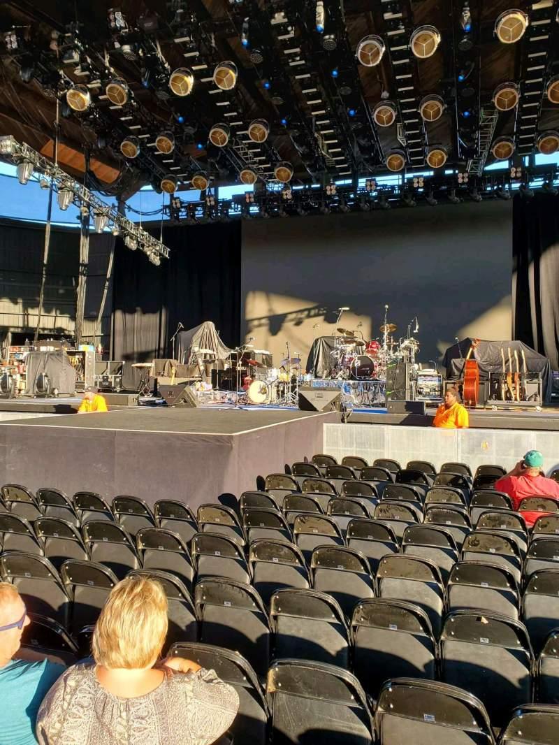 Vista sentada para Alpine Valley Music Theatre Secção 202 Fila P Lugar 112