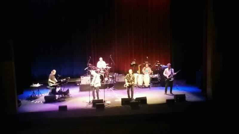 Vista sentada para Bergen Performing Arts Center Secção Mezzanine C Fila C Lugar 113