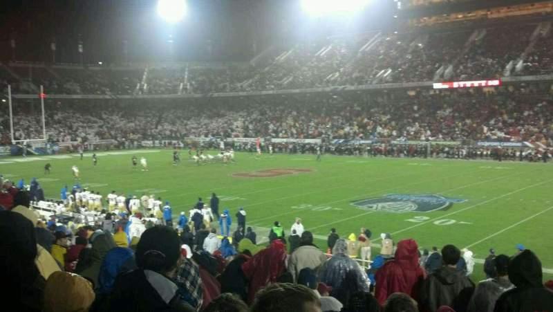 Vista sentada para Stanford Stadium Secção 130 Fila S Lugar 2