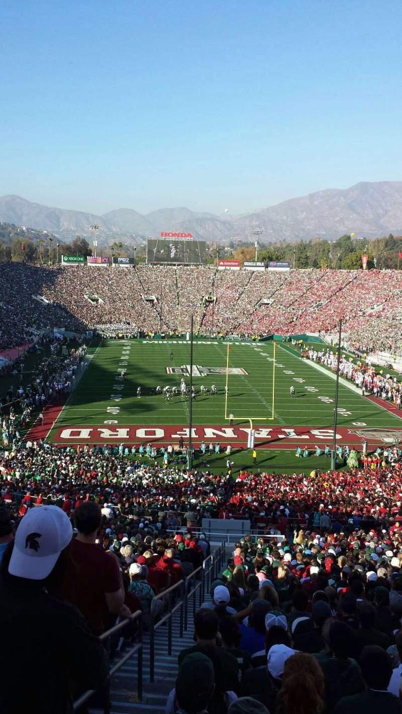 Vista sentada para Rose Bowl Secção 25-H Fila 76 Lugar 126