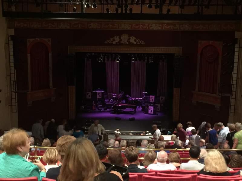 Vista sentada para Bergen Performing Arts Center Secção Balcony C Fila T Lugar 108