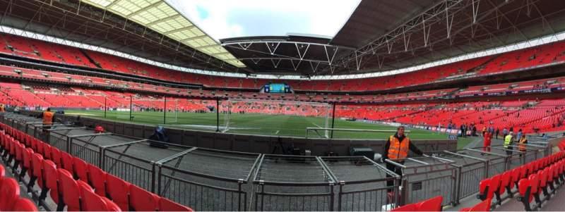 Vista sentada para Wembley Stadium Secção 132 Fila 4 Lugar 286