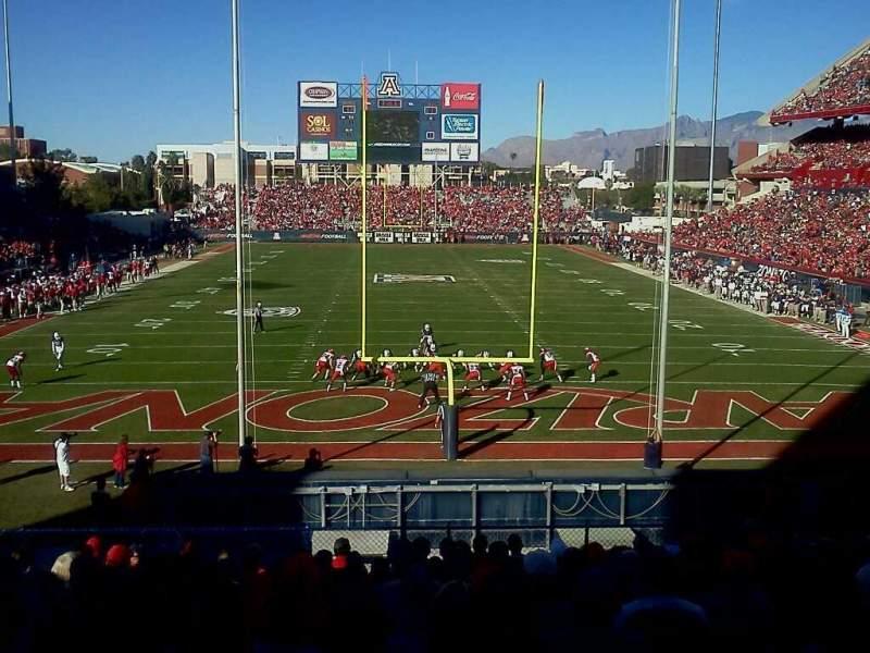 Vista sentada para Arizona Stadium Secção 12 Fila 30 Lugar 16