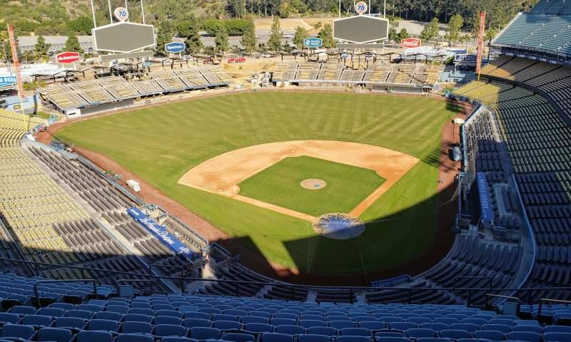 Vista sentada para Dodger Stadium Secção Press box