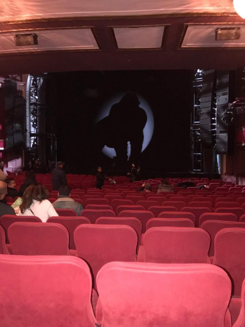 Vista sentada para Broadway Theatre - 53rd Street Secção Orchestra R Fila T Lugar 21