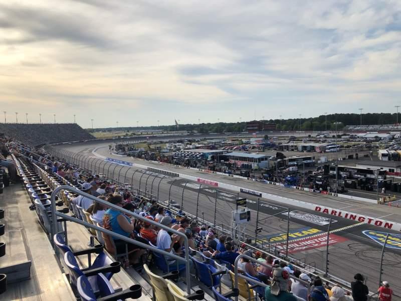 Vista sentada para Darlington Raceway Secção Tj Fila 15 Lugar 16