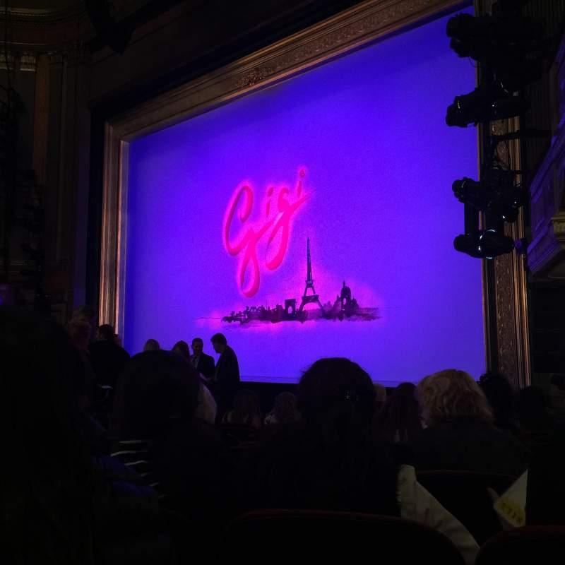 Vista sentada para Neil Simon Theatre Secção Orchestra R Fila F Lugar 4
