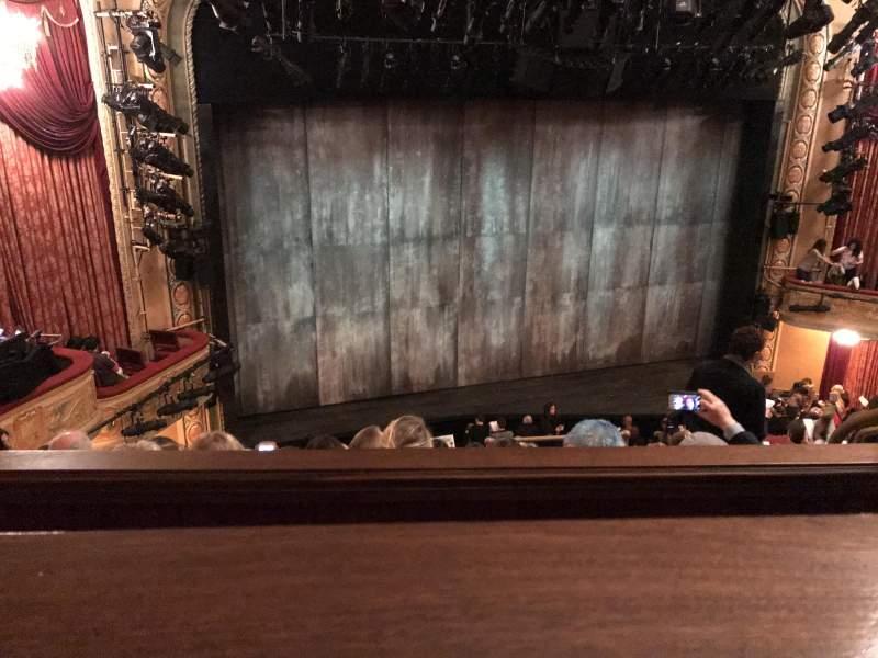 Vista sentada para Bernard B. Jacobs Theatre Secção Mezzanine L Fila E Lugar 9