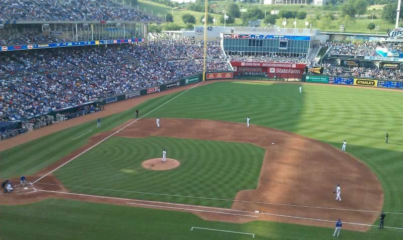 Vista sentada para Kauffman Stadium Secção 429 Fila c Lugar 20