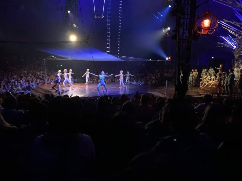 Vista sentada para Cirque du Soleil Big Tent Secção 206 Fila K Lugar 4