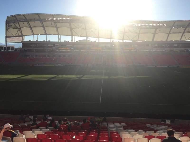 Vista sentada para Rio Tinto Stadium Secção 1 Fila V Lugar 12