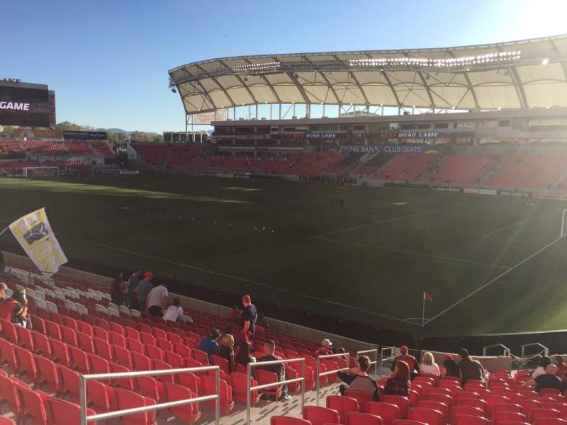Vista sentada para Rio Tinto Stadium Secção 33 Fila U Lugar 19