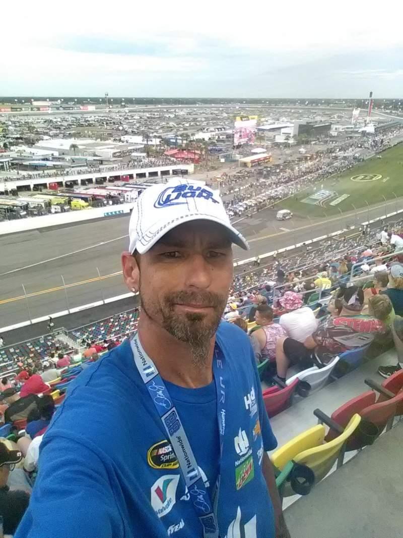 Vista sentada para Daytona International Speedway Secção 410 Fila 36 Lugar 3