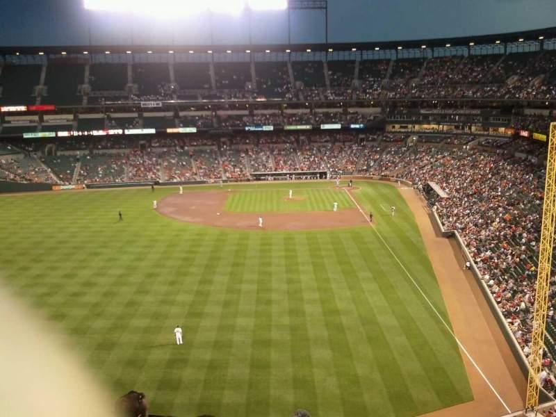 Vista sentada para Oriole Park at Camden Yards Secção 384 Fila 4 Lugar 15